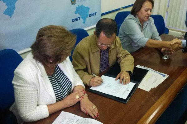 Passos aproveitou a visita à Natal para assegurar a realização de novo processo licitatório para a duplicação da Reta Tabajara ainda no próximo ano
