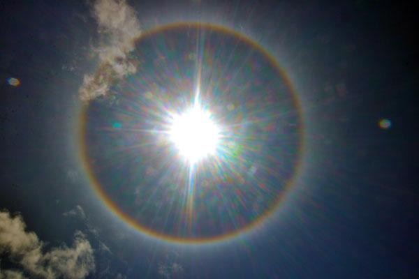 O fenômeno solar chamou a atenção dos natalenses na manhã de ontem