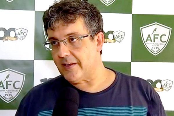 Anthoni Santoro é o responsável por comandar o Alecrim