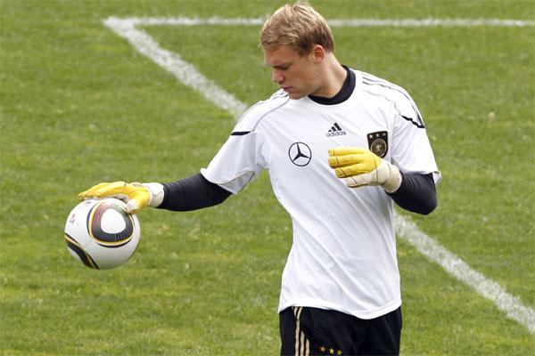 Neuer está credenciado pelo título mundial com a Alemanha