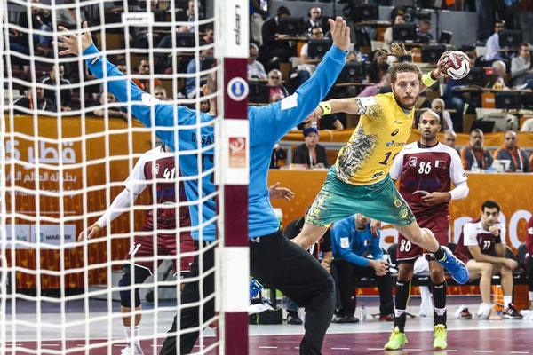Brasil não conseguiu superar os donos da casa na estreia do Mundial