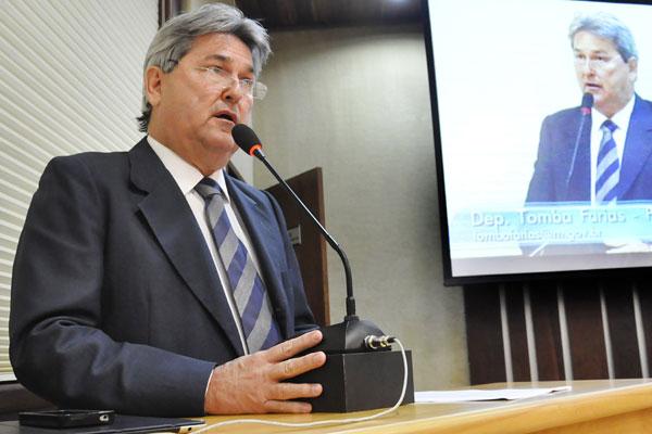 Tomba Faria foi reeleição para exercer o mandato de deputado