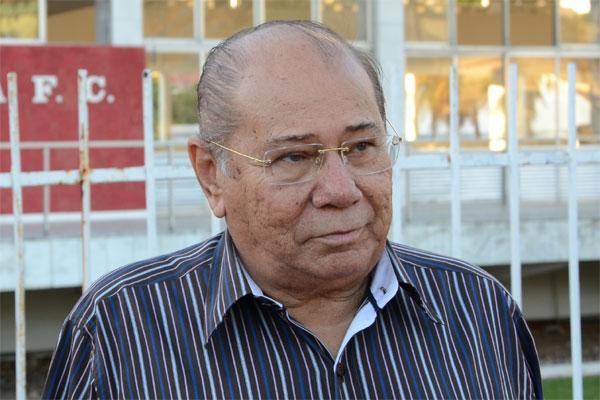 José Rocha, do América, é a favor da exigência da contrapartida