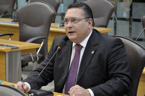 Ezequiel quer enfrentar a candidatura do atual presidente