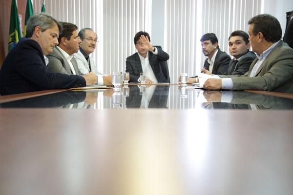 Robinson Faria reuniu os secretários para estabelecer um plano emergencial de combate à seca