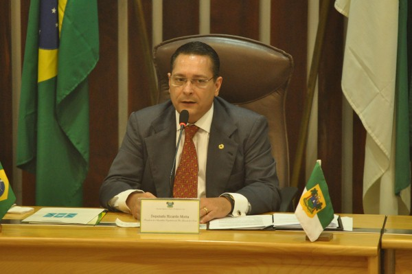 Ezequiel assumiu o comando do Legislativo potiguar
