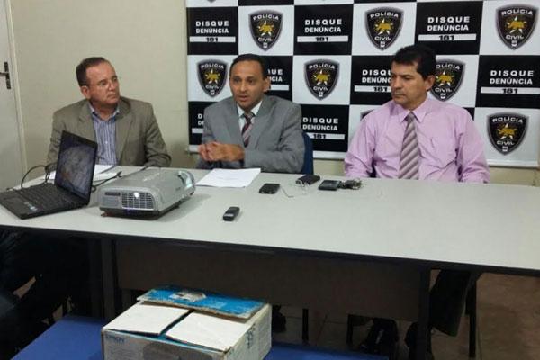 Delegados da Policia Civil apresentam dados da Operação Folia