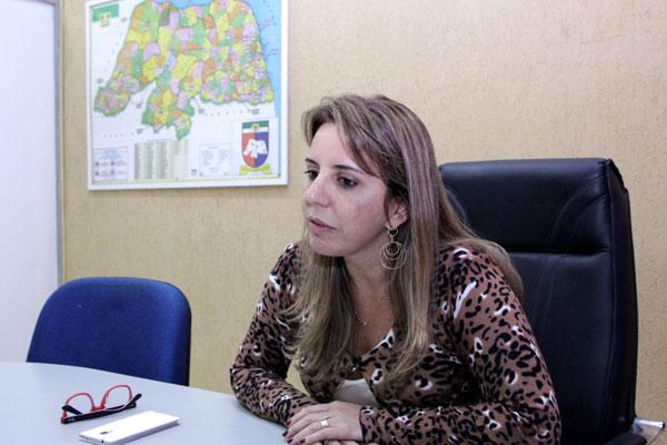 Kalina Leite quer a recomposição de vagas de aposentados e pessoas que faleceram