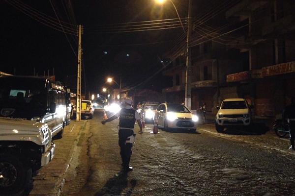 Blitz da Lei Seca apreendeu 19 CNHs na noite desta quarta-feira (11) em Caicó