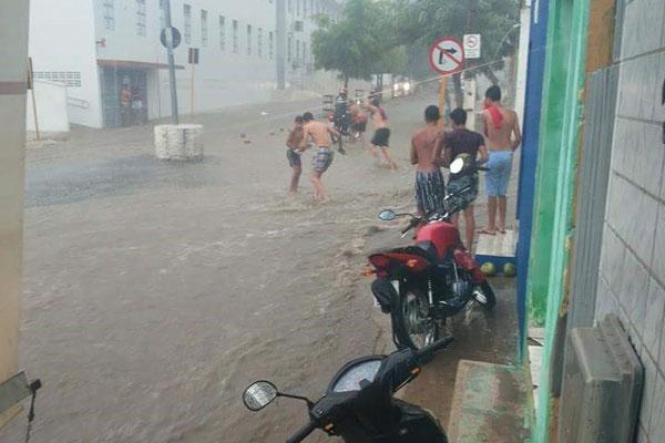 Resultado de imagem para chuvas em Ipanguaçu rn