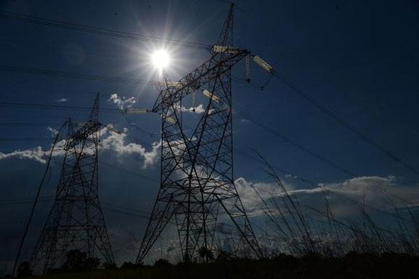 Horário de verão tem proporcionado a diminuição do consumo de energia em quase 2 mil megawatts