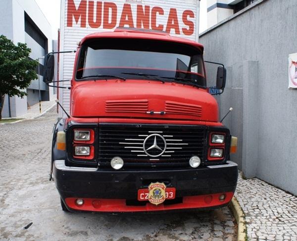 As drogas estavam escondidas no interior de um caminhão vindo de São Paulo