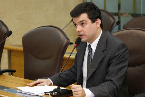 Walter Alves é oficializado na Vice-liderança do PMDB na Câmara
