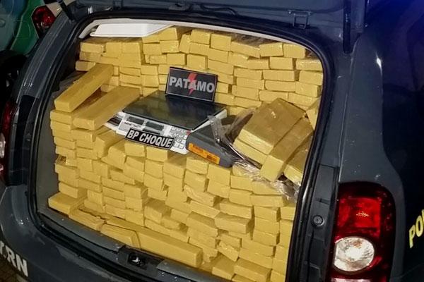 A carga foi apreendida em Japecanga, município de Parnamirim