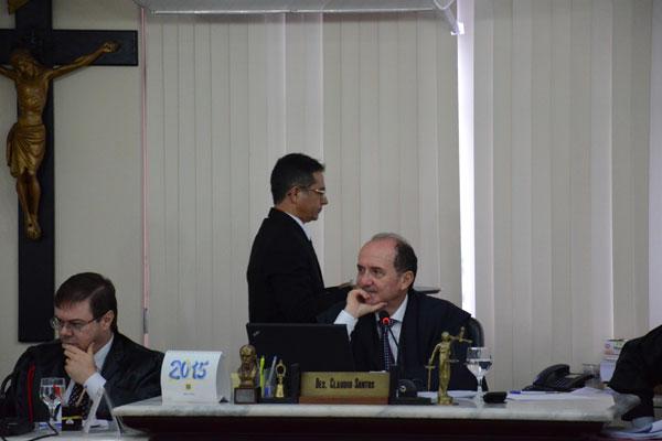 Desembargador Claudio Santos aguarda o posicionamento do TCE para definir quando encaminhará as medidas de contenção de despesas para votação