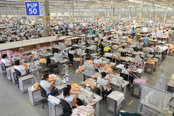 Fábrica de confecções no RN: O setor é um dos que terão a alíquota elevada a partir de junho