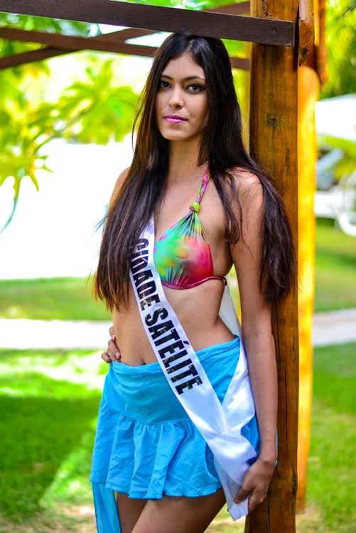 Larissa Sena, 18 anos, 1,73m