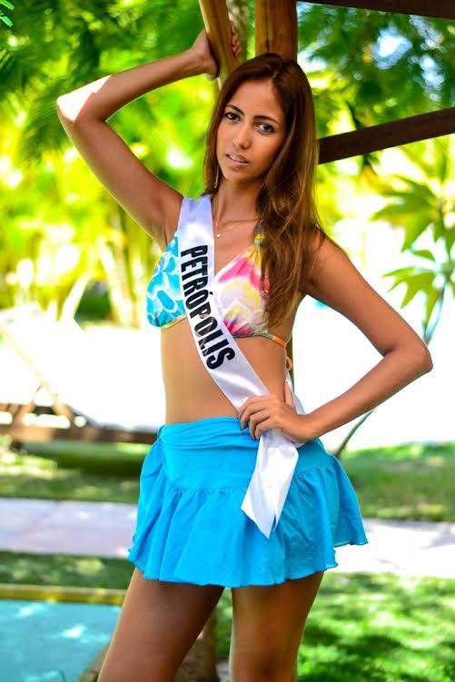 Adriane Paiva, 20 anos, 1,70m