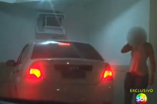 Viatura foi flagrada dentro de motel, mas não mostra o delegado