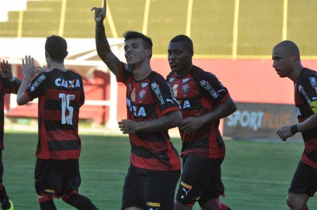 No quarto confronto entre os clubes em 2015, o Vitória venceu e eliminou o América da Copa do Nordeste