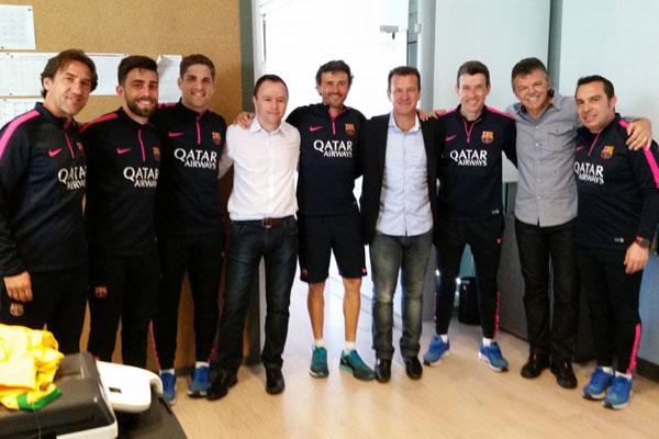 Dunga, Gilmar Rinaldi e Andrey Lopes se reuniram com a equipe técnica do Barcelona