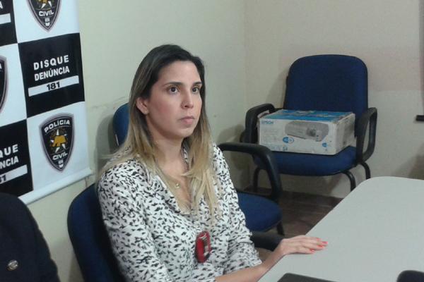 Delegada Jamille Alvarenga, responsável pela investigação do assassinato de Evelin Vitória, de 4 anos