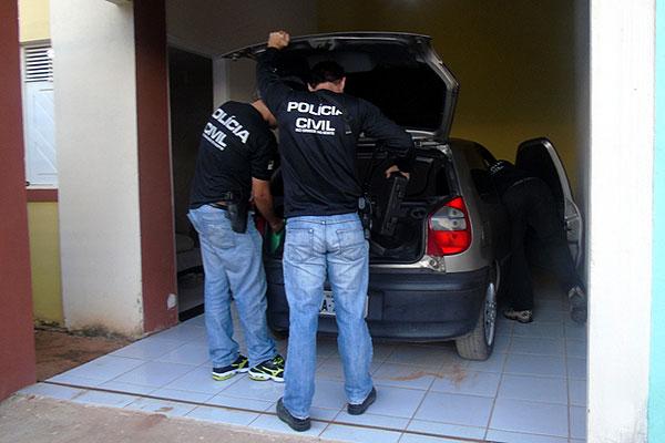 Policiais cumpriram mandados de prisão em Santana do Matos e no bairro Planalto, em Natal