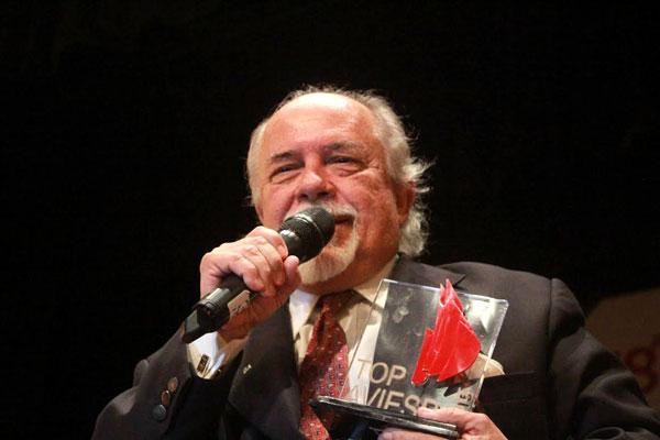 Secretário de Turismo de Natal, Fernando Bezerril, esteve na feira para receber o prêmio pela cidade