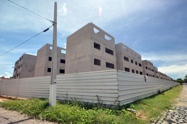 Residencial vai abrigar 170 famílias que vivem na comunidade Maruim, zona Leste de Natal