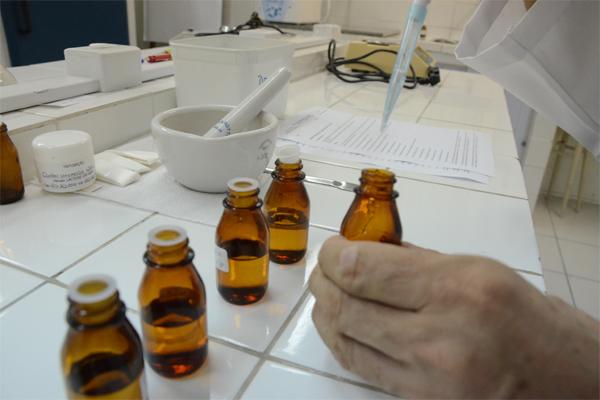 Medicamento testa eficácia do Melão de São Caetano