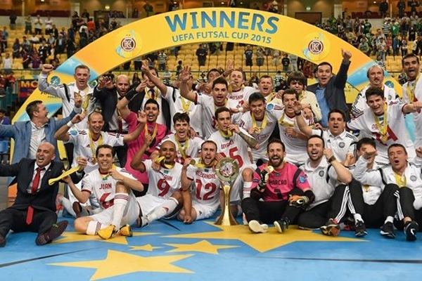 Kairat Almaty, dos potiguares Joan, Douglas e Cacau, conquista pela segunda vez o título da UEFA Futsal Cup