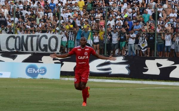 Flávio Boaventura foi o autor do único gol da partida