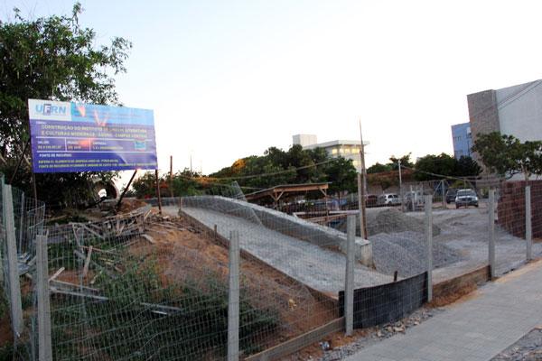 LL Engenharia reclama pagamento de R$ 778 mil referente a sete obras que executa, entre as quais, as do Instituto Ágora