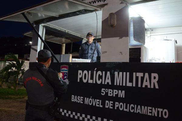 Em Morro Branco, unidade funciona 24 horas, com dois policiais militares na base e três em viatura