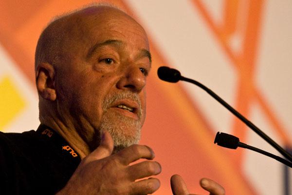 Paulo Coelho foi a fonte de  inpiração para cantora alemã, que já musicou poemas de Neruda