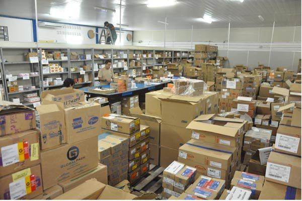 Unicat recebe novos estoques para abastecer rede hospitalar