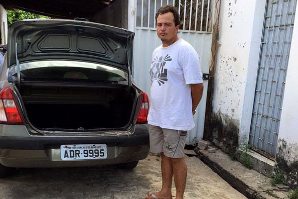Carlos André se apresentou ontem e confessou o crime