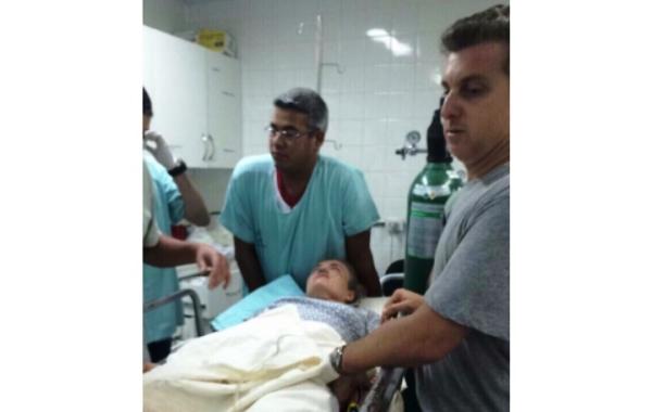 Apresentadores Angélica e Luciano Huck foram atendidos na Santa Casa de Campo Grande, no Mato Grosso do Sul