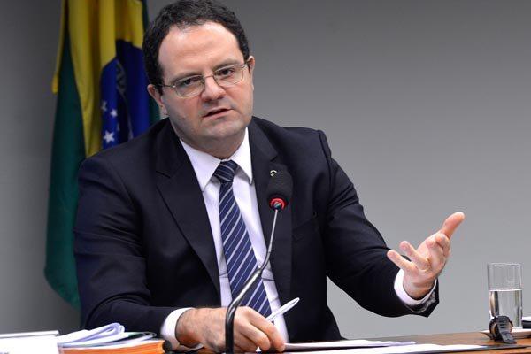 De acordo com o ministro, Governo vem adotando iniciativas para reequilibrar a economia