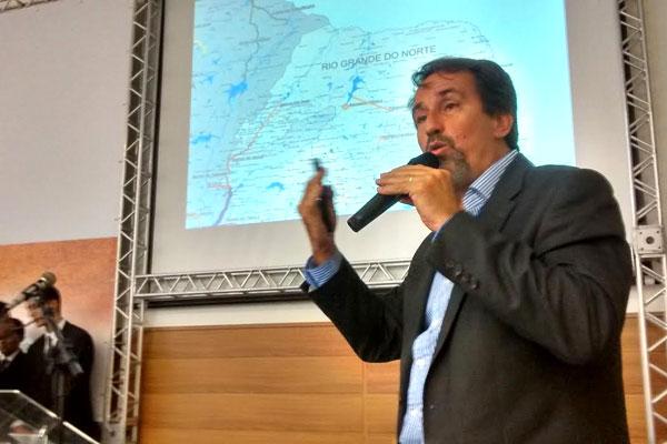Ministro da Integração Nacional, Gilberto Occhi, participa de debate sobre seca realizado em Natal