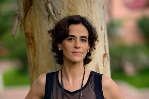 Na trama de Lícia Manzo, Mariana vive uma terapeuta