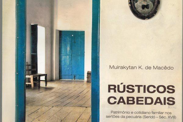 O autor apresenta um olhar  cultural a artir do emaranhado de números e estatísticas que ajudam a remontar o patrimônio familiar setecentista da região