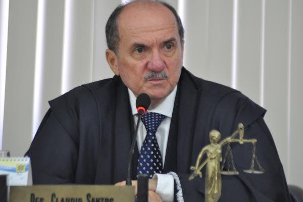 Cláudio Santos cobra celeridade no julgamento de processos criminais