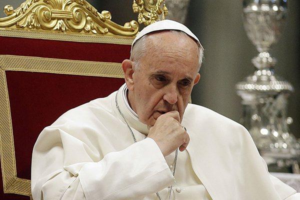 Papa Francisco disse que ficou comovido com situação