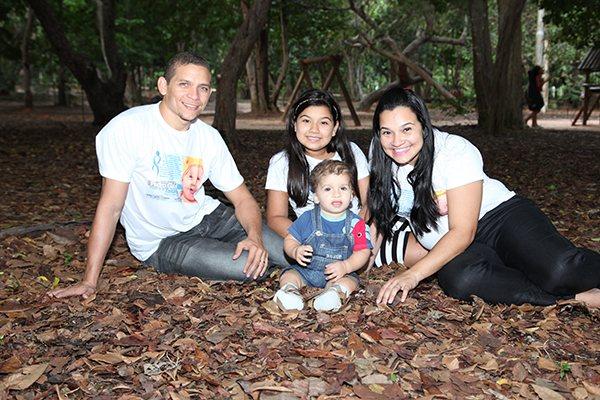 Danilo Cavalcanti,Kelly, Maria Letícia e Pedro receberam a boa notícia de que tratamento é viável