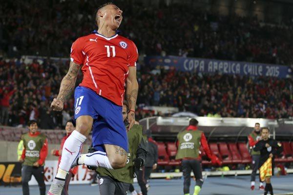 Vargas fez o estádio Nacional explodir de alegria e esperanças