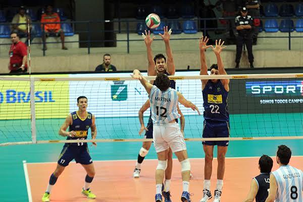Brasil e Argentina fizeram jogo disputado no ginásio Nélio Dias