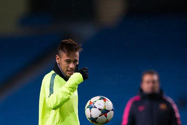 O atacante Neymar foi o único brasileiro no top 10 da Europa