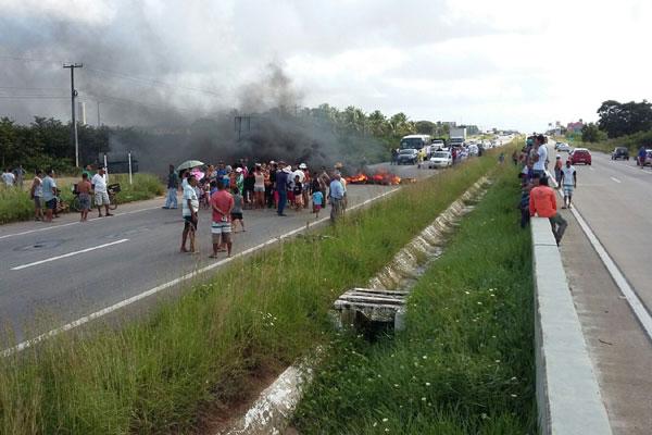 Manifestação gerou congestionamento de aproximadamente 5km
