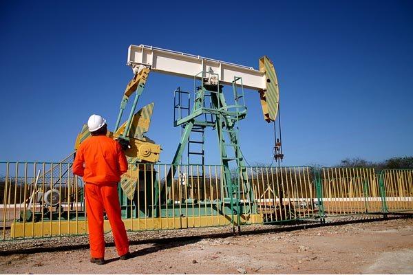 No Estado, cerca de 12 mil petroleiros devem aderir à paralisação